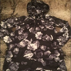 Lululemon Miss Misty Pullover Ghost Inky Floral